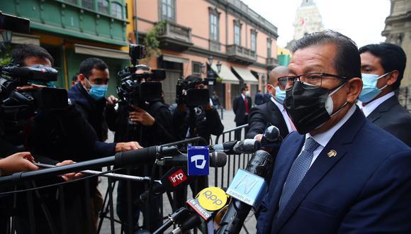 Eduardo Salhuana declaró luego de participar en una reunión con los demás voceros. (Foto: archivo GEC)