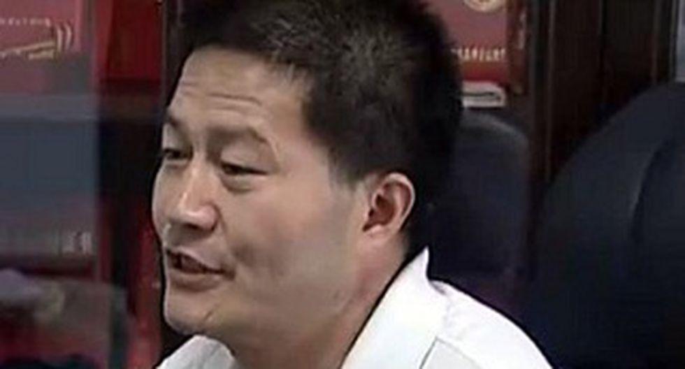 China: Apalean a empresario chino que destapó casos de leche adulterada