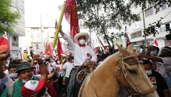 Candidato de Perú Libre tendría el apoyo de 30 mil profesores liberteños. (Foto: GEC)