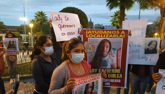 Familiares y amigos exigen investigar el caso