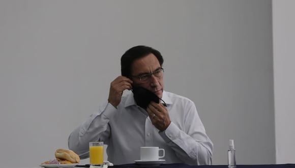 Cabe mencionar que Daniel Salaverry , candidato presidencial, no estuvo presente en el desayuno electoral.