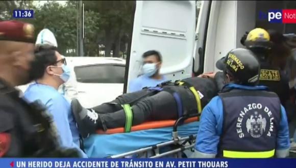 Accidente se registró esta mañana en la cuadra 4 de la Av. Petit Thouars, en Cercado de Lima. Foto: captura TV Perú Noticias