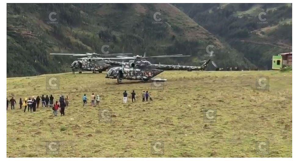 Helicóptero que trasladaba a Martín Vizcarra aterriza de emergencia por mal clima