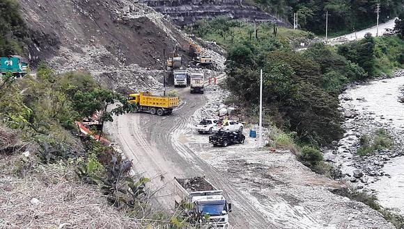 Estas son la vías bloqueadas tras deslizamiento de tierra y piedras en Junín