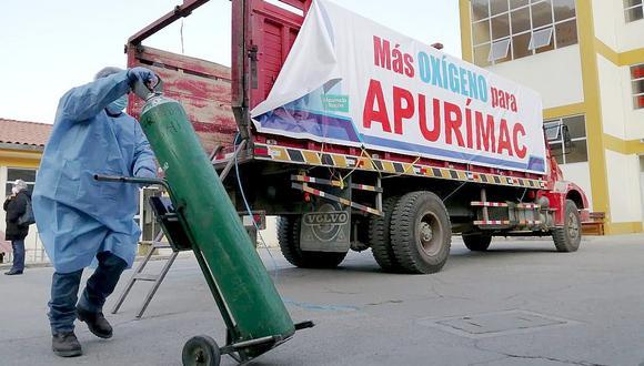 Llega a Apurímac primer lote de oxígeno donado por Cusco