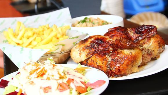 El pollo a la brasa es un plato fundamental en la gastronomía peruana. Foto: El Comercio.