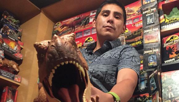 Arequipa: El hombre que venció su miedo a hablar gracias a dinosaurios