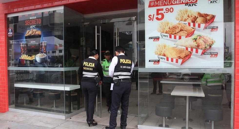 SJL: Delincuentes roban S/ 15 000 en local de KFC (FOTOS Y VIDEO)