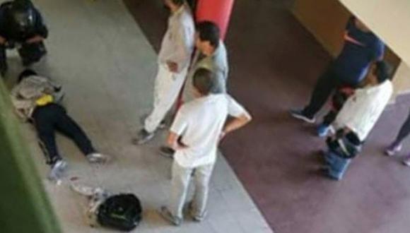 Adolescente de 14 años apuñaló a profesora tras desaprobar examen