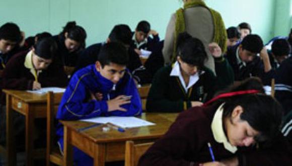 Nueva ley docente debe respetar los derechos adquiridos por la Carrera Pública Magisterial