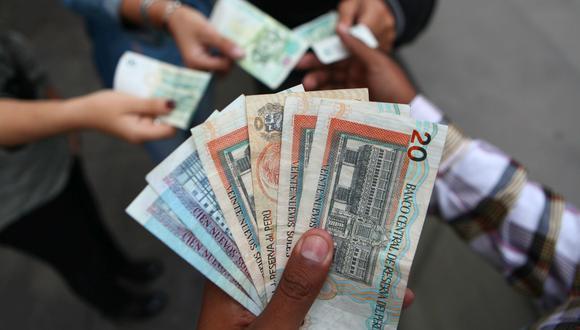 Este jueves 22 de julio, el Banco Central de Reserva puso en circulación los nuevos billetes de 10 y 100 soles con los rostros de Chabuca Granda y Pedro Paulet