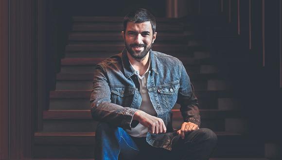 Actor turco protagonista del largometraje 'Kerem, hasta la eternidad', llegó al Perú, por primera vez, para el estreno de la cinta.