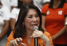 Martha Chávez denuncia amenazas de muerte e insultos que le llegan a su celular personal (FOTOS)