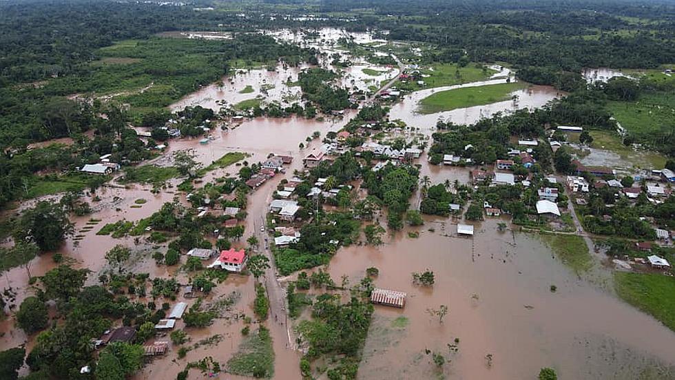400 afectados por desborde de tres ríos en Codo de Pozuzo