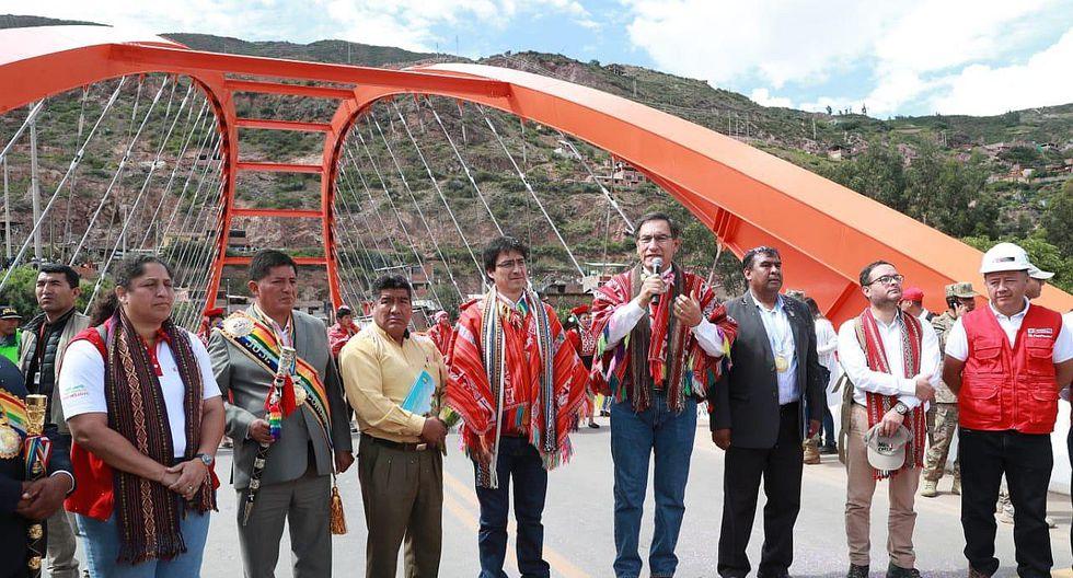 Martín Vizcarra inaugura puente de acceso al Valle Sagrado de Los Incas (FOTOS)