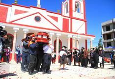 Con música y llanto, Javier Unsihuay Bello fue despedido en su natal Huayucachi