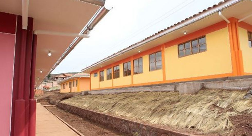 MEF transfiere S/. 56 millones a regiones para infraestructura educativa
