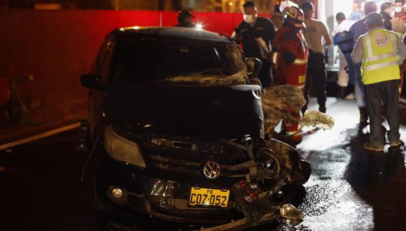 Así quedó el auto del chofer que terminó herido. Foto: César Bueno @photo.gec