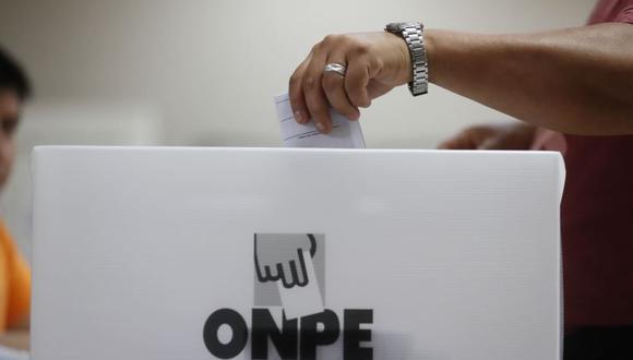 El jefe de la ODPE, explicó que está permitido el voto cruzado, un partido para presidente, otro para Congreso.