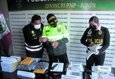 """Policías de Huancayo buscan incautar 425 licencias 'bambas' otorgadas por la banda """"Los Falsos"""""""