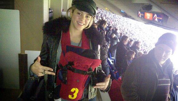 Shakira acude al estadio con su pequeño Milan