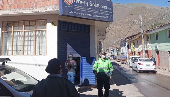 Cooperativa que fue asaltada en la mañana del último lunes en Cusco. | Foto: Juan Sequeiros.