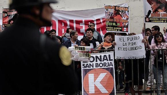 Keiko Fujimori: Simpatizantes piden libertad de lideresa a Tribunal Constitucional