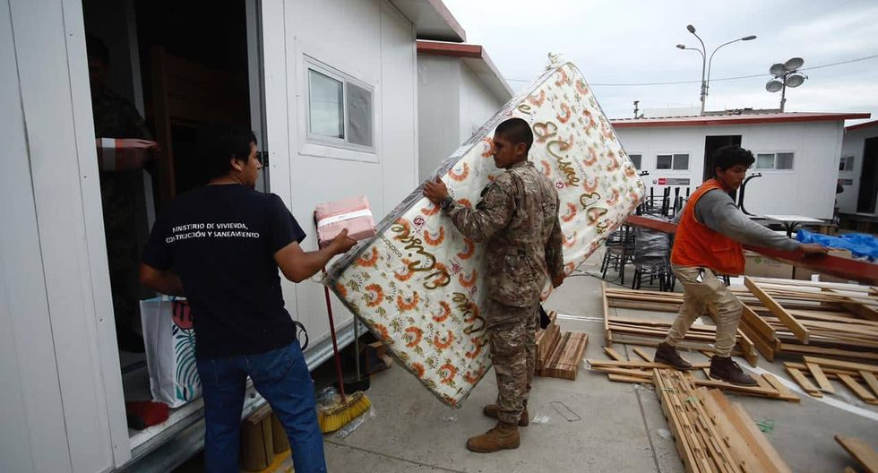 Instalan 10 viviendas para los afectados de Villa El Salvador. Fotos: Joel Alonso