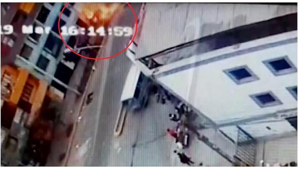 La Victoria: así fue el preciso instante de la explosión en el restaurante (VIDEO)