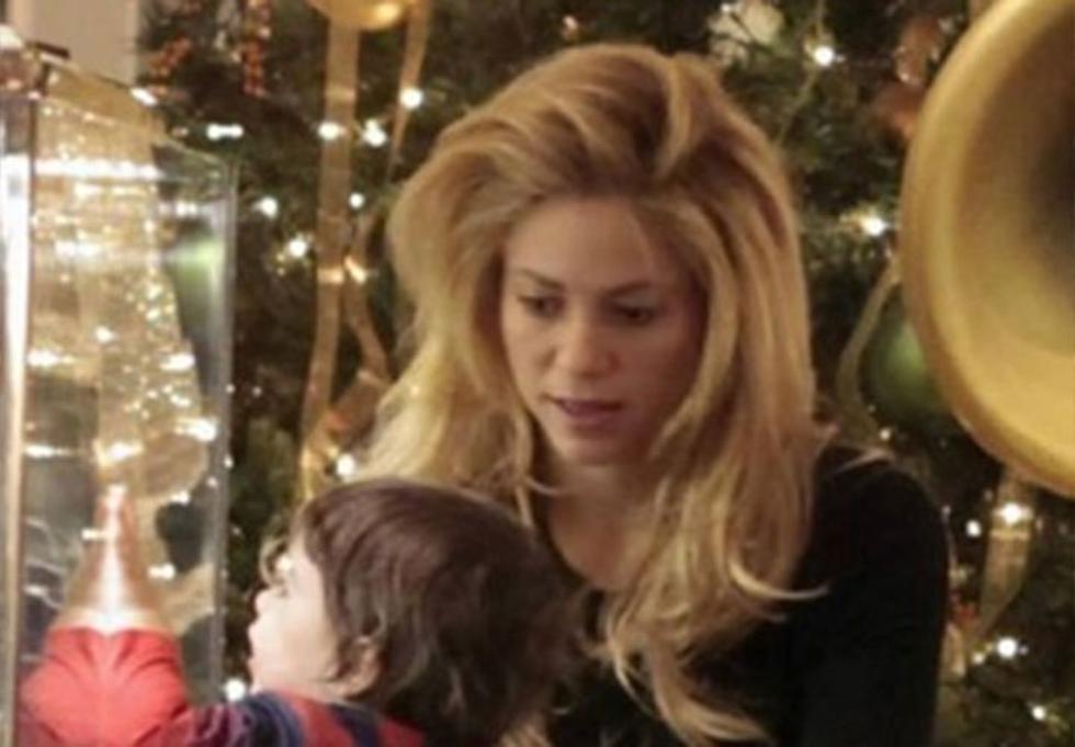 Shakira lució demacrada mientras realizaba sus compras navideñas (FOTO)