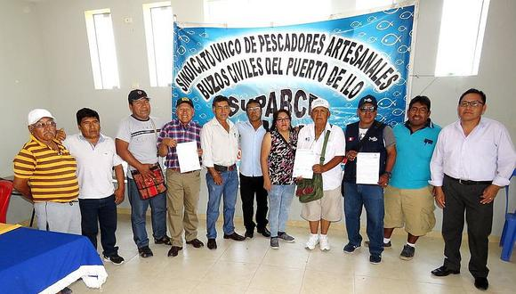 Pescadores de la Macro región sur acuerdan defender las cinco millas marinas