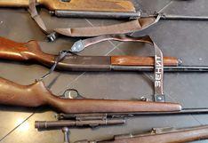 Sujeto tenía un arsenal clandestino de armas en su casa, en Santa Anita (VIDEO)