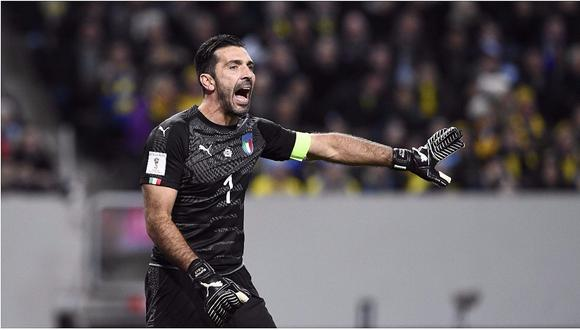 Gianluigi Buffon tuvo esta reacción al oír que  hinchas italianos pifiaban himno de Suecia (VIDEO)