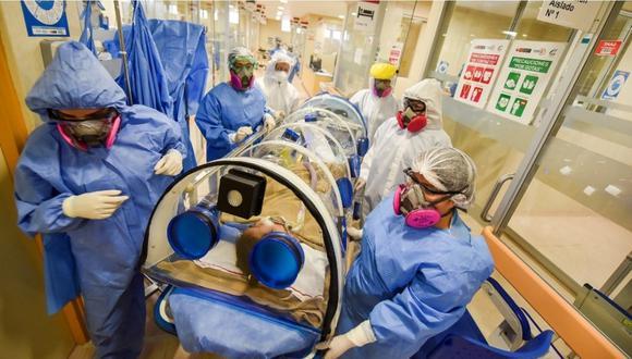 Niña con coronavirus y síndrome de Kawasaki es trasladada al área de hospitalización tras abandonar la UCI. | Foto:Instituto Nacional de Salud del Niño San Borja.