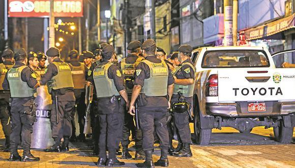 Policías (Foto: Correo)
