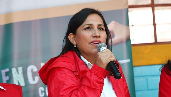 Flor Pablo se inscribió como militante del Partido Morado y dijo que coincide ideológica y programáticamente con él. (Foto: Andina)