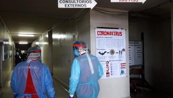 Galenos piden a población cuidarse para evitar infectarse con coronavirus por falta de oferta hospitalaria y alto número de enfermos. (Foto: Eduardo Barreda)