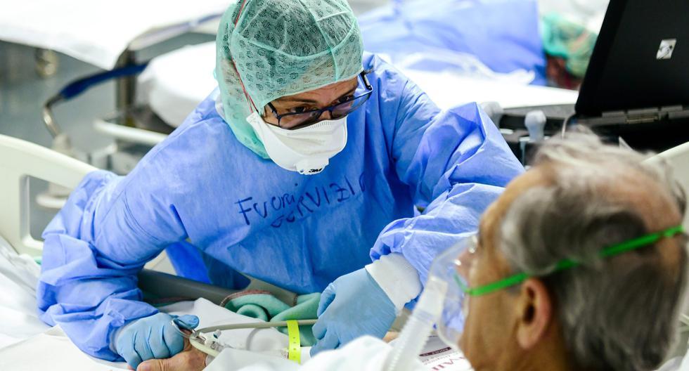Un paciente de coronavirus es atendido en el hospital ASST Papa Giovanni XXIII en Bérgamo, el 3 de abril de 2020. Foto:  AFP / Piero CRUCIATTI