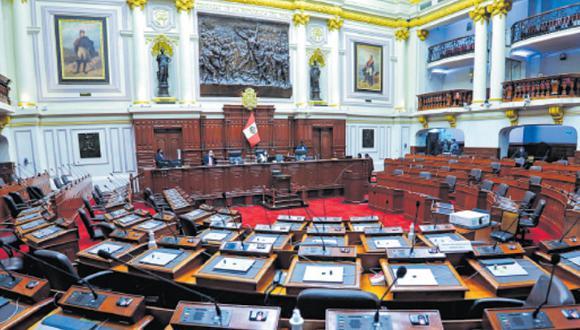 Luis Valdez, titular de la Comisión Constitución, arguye que el Estado no puede estar vulnerable a la posibilidad de que Castillo quiera cerrar el Parlamento.