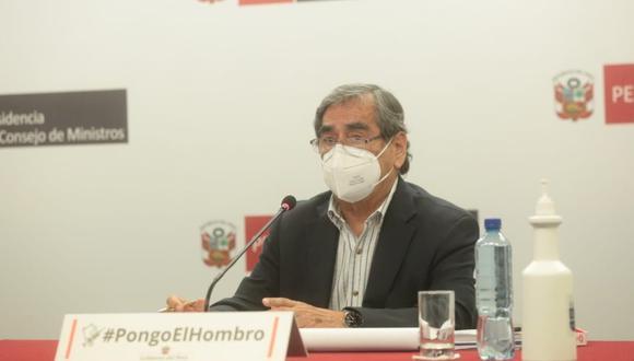 """""""No solo se ha firmado el contrato, ya se pagó"""", dijo el ministro de Salud en una entrevista en el programa 'Cuarto Poder'.  (Foto: PCM)"""