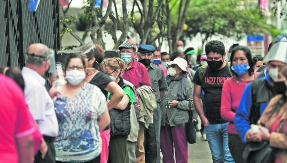Autoridades de Tacna evalúan medidas para vacunar a más personas. FOTOS: ANDRÉS PAREDES