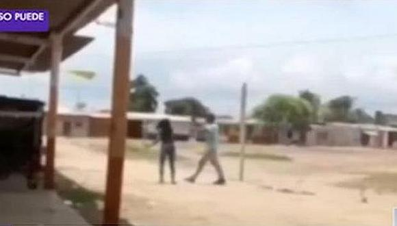 Tumbes: Mujer agrede a palazos a su ex pareja (VIDEO)