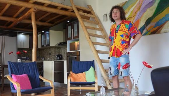 """Imagen del """"youtuber"""" mexicano Luisito Comunica en la casa que adquirió en Venezuela a  20.000 dólares. (Captura de pantalla/YouTube)."""