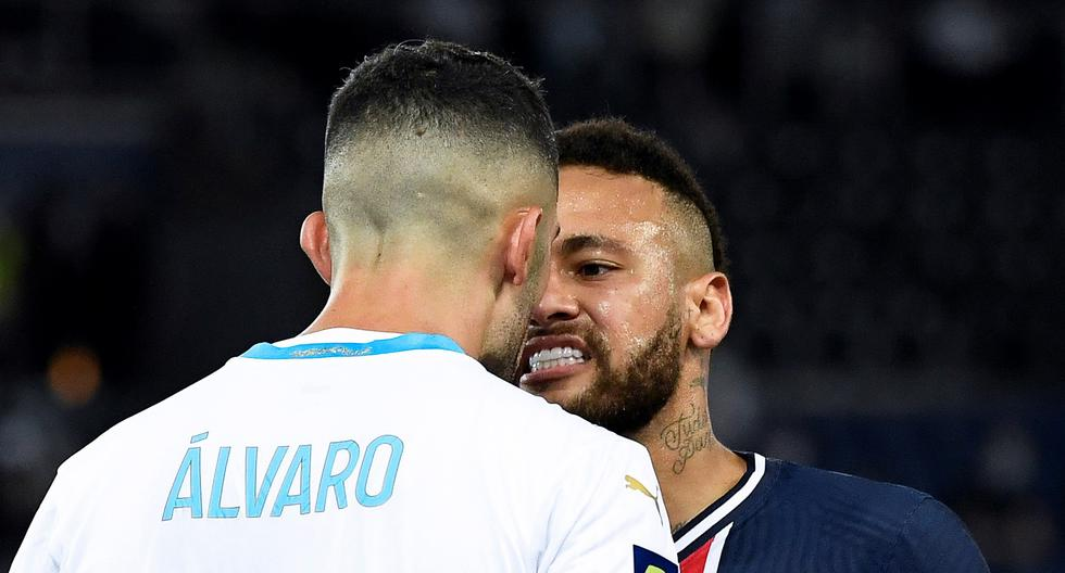 Neymar podría recibir una dura sanción por agredir a un rival en el clásico de Francia