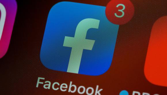 Facebook también ha comenzado a probar una versión limitada de las funciones de mensajería de Messenger en su aplicación principal desde el pasado otoño. (BRETT JORDAN / UNSPLASH / Europa Press)