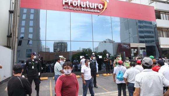 El Ejecutivo observó la ley de retiro de AFP y presentó propuesta alternativa. (Foto: Andina)