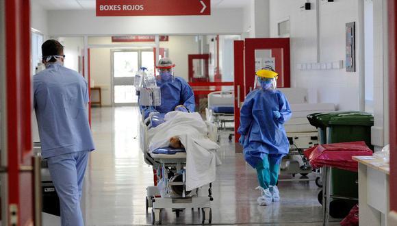 Argentina, cuenta más de 1,2 millón de contagios por coronavirus y ya superó los 33.000 fallecidos. (Foto: ANDRES LARROVERE / AFP)