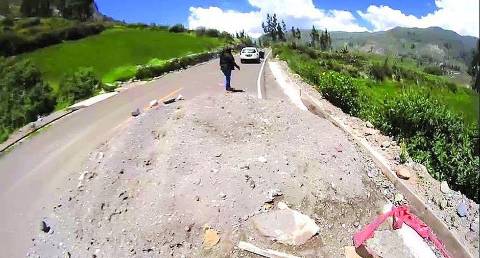 Asfalto de Ichupampa - Lari está deteriorado a solo 19 meses de uso