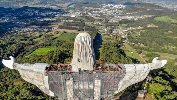 La finalización del monumento está prevista para finales de este año, según la Asociación de Amigos de Cristo, encargados de coordinar el trabajo.. (Foto: AFP)