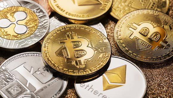 A inicio de 2020 el Bitcoin cotizaba por debajo de los 8.000 dólares, después alcanzó su máximo histórico superando los 63.000 dólares en abril de 2021, para posteriormente caer hacia los 35.000 dólares en el mes de junio. (Foto: iStock)